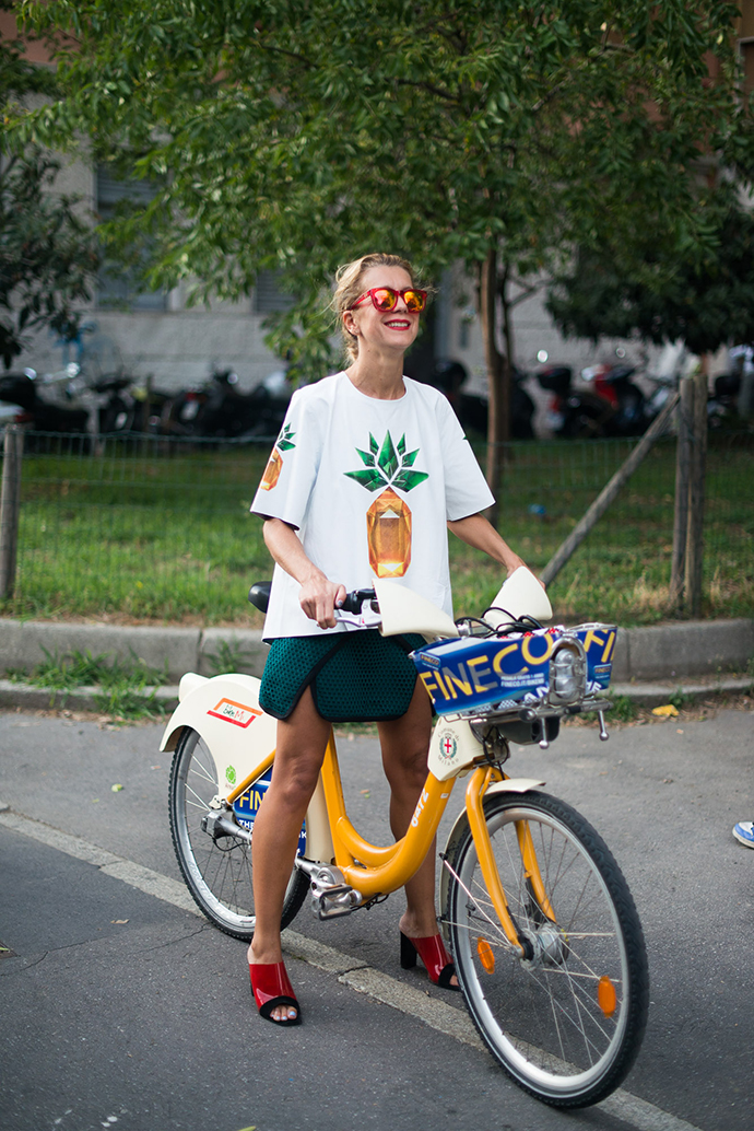 natalie joos, Andrea Ruggeri, milan fashion week, spring summer 2014, street style, milan bike share, fashion week, mfw, ss14, milan, olmo bike, bike pretty, bikepretty, pretty bike, cycle style, fashion bike, bike fashion, bike chic, bike style, cycle chic, outfit ideas