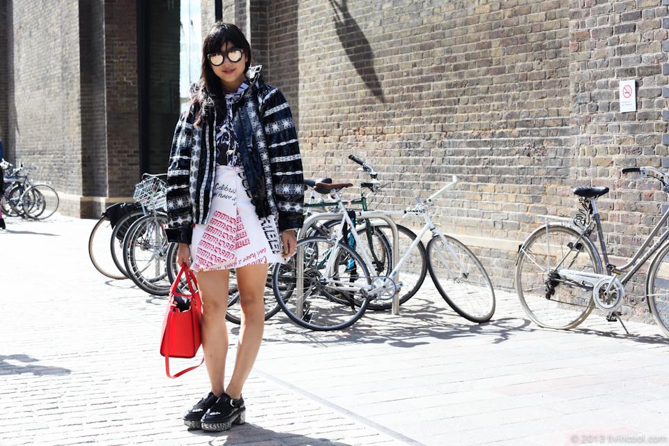 susie lau, style bubble, susie bubble, london, fashion week, street style, ss14, london fashion week, bike pretty, bikepretty, pretty bike, cycle style, fashion bike, bike fashion, bike chic, bike style, cycle chic, outfit ideas