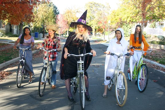 halloween bike, halloween costume ideas, bike friendly halloween costume, halloween costume bike, happy halloween by bike, happy halloween, bike pretty, bikepretty, pretty bike, cycle style, fashion bike, bike fashion, bike chic, bike style, cycle chic, outfit ideas