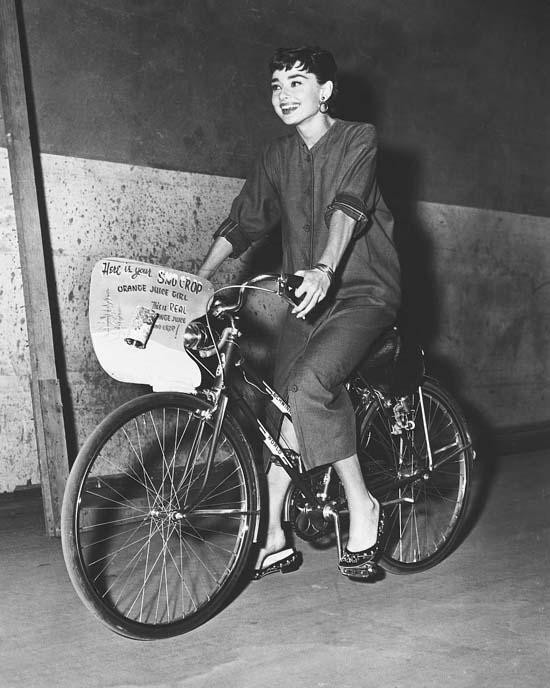Audrey Hepburn bike fashion