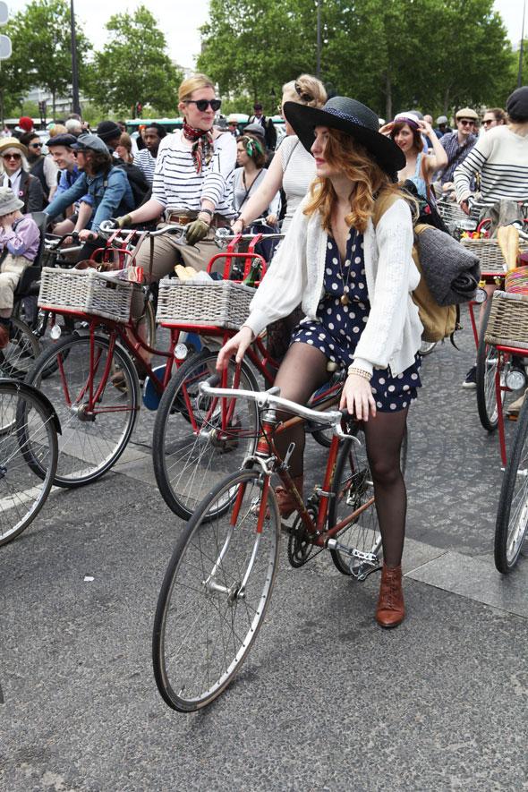 Beret-et-Baguette-Paris-2013-Street-Style-Photos-Kelly-Miller-2 (1)