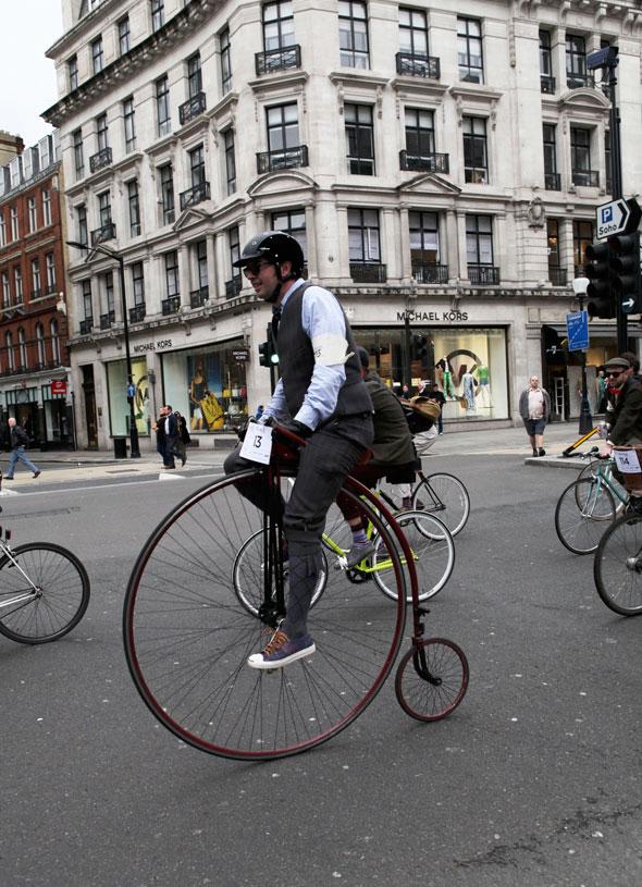 Tweed-Run-2013-London-Marshal-Team-photos-Kelly-Miller-2