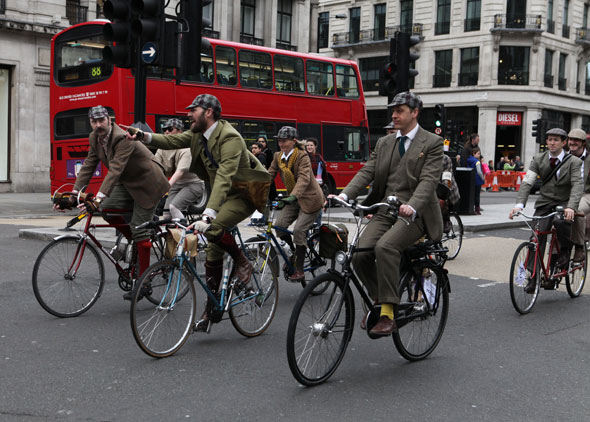 Tweed-Run-2013-London-Marshal-Team-photos-Kelly-Miller-7 (2)