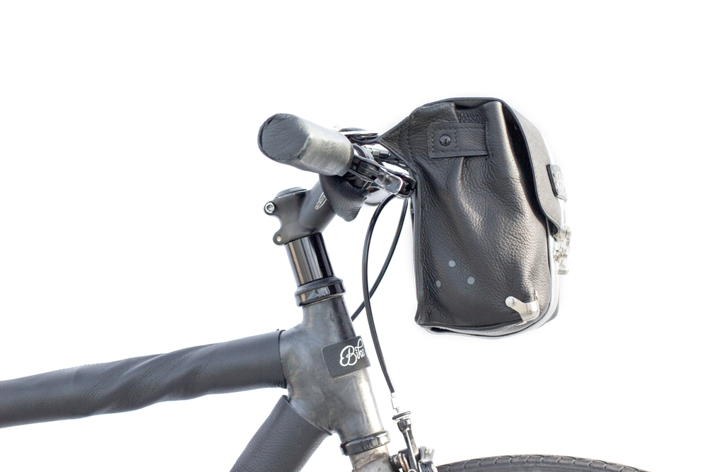 bike pretty handlebar bag