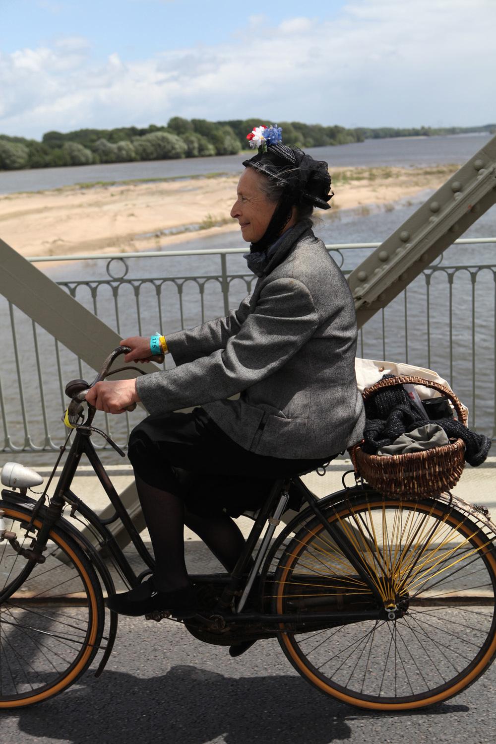 Anjou-Velo-Vintage-Saumur-France-Bike-Fashion-Bike-Pretty-Photos-Kelly-Miller-5