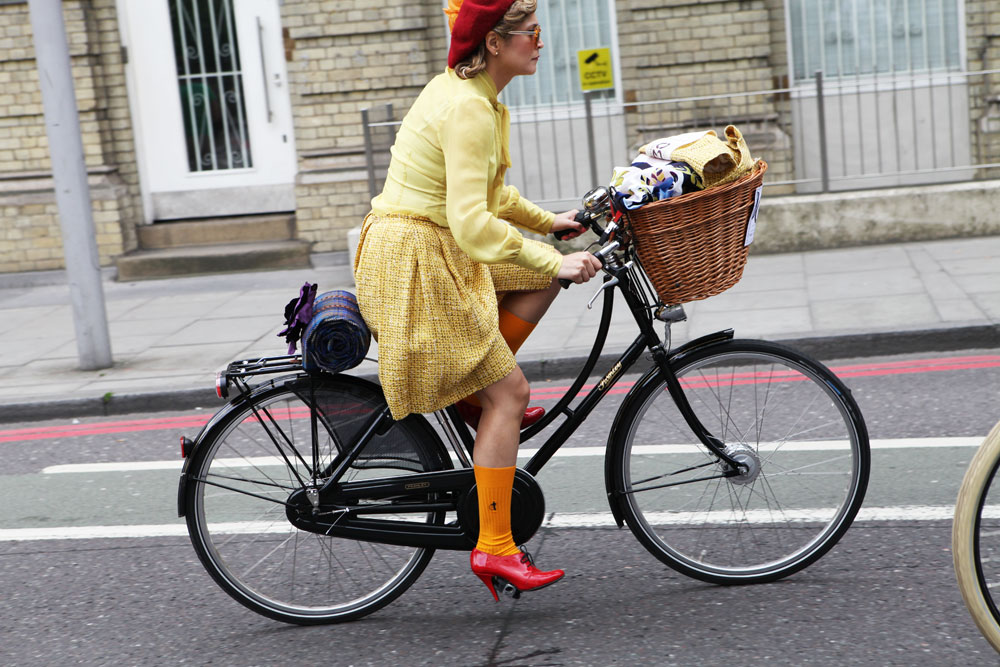 Tweed-Run-London-2014-Bike-Pretty-Most-Dashing-Dame-Bike-Fashion-Photo-Kelly-Miller-1