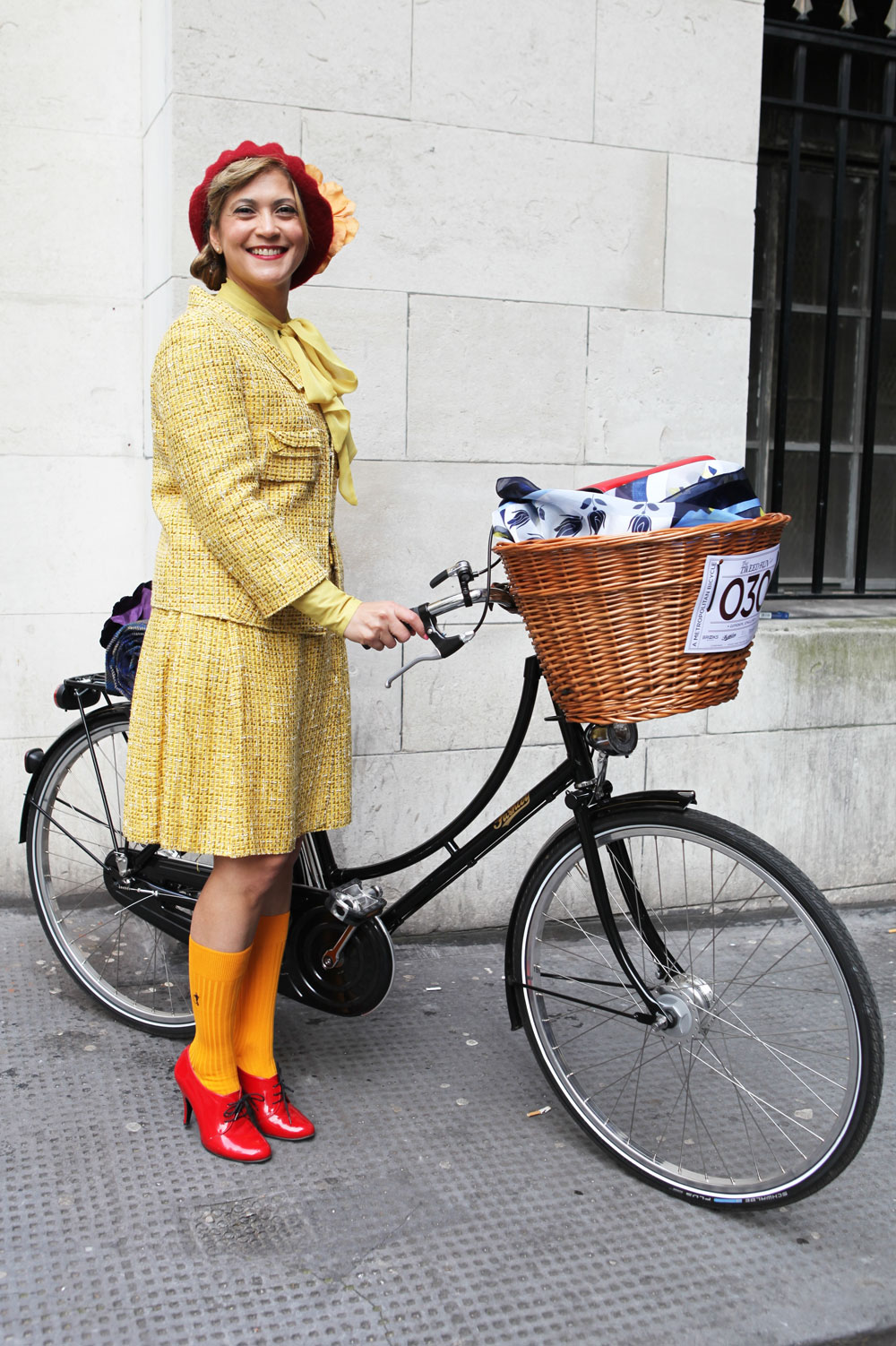 Tweed-Run-London-2014-Bike-Pretty-Most-Dashing-Dame-Bike-Fashion-Photo-Kelly-Miller-3