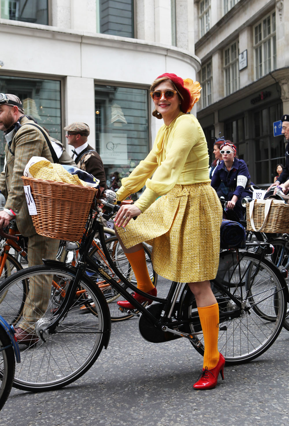 Tweed-Run-London-2014-Bike-Pretty-Most-Dashing-Dame-Bike-Fashion-Photo-Kelly-Miller-6