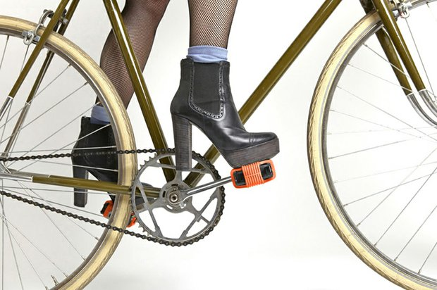 sovrappensiero-grippine-bike-pedals-traction-designboom-04