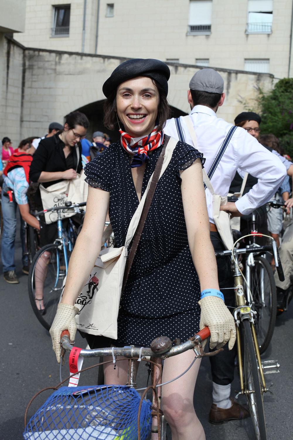 Goodbye-Anjou-Velo-Vintage-Bike-Pretty-Bike-Fashion-2.jpg