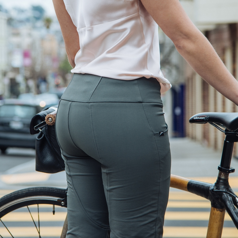 Iladora Perfect Bike Pant in Grey