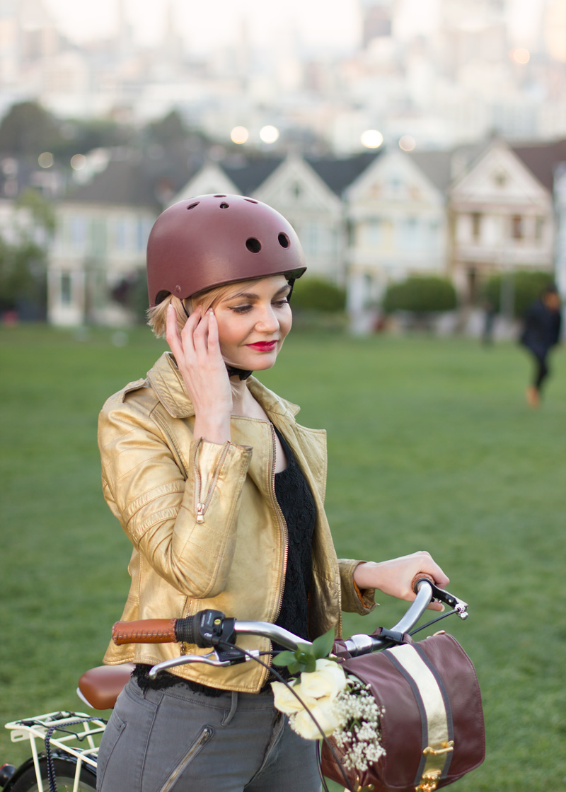 marsala-bike-helmet-color-of-the-year.jpg