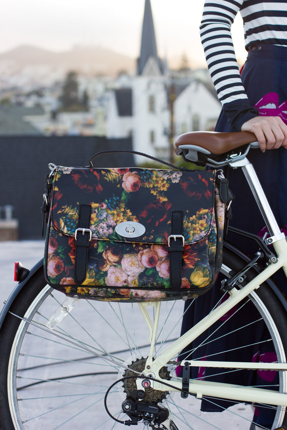 Special-Flower-Bike-Bag-On-Bike-1.jpg