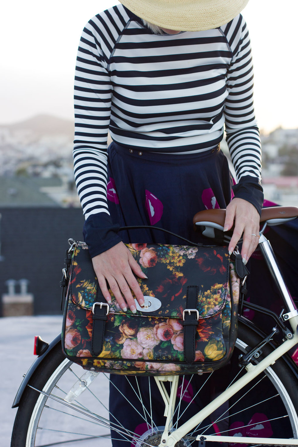 Special-Flower-Bike-Bag-on-Bike-2.jpg