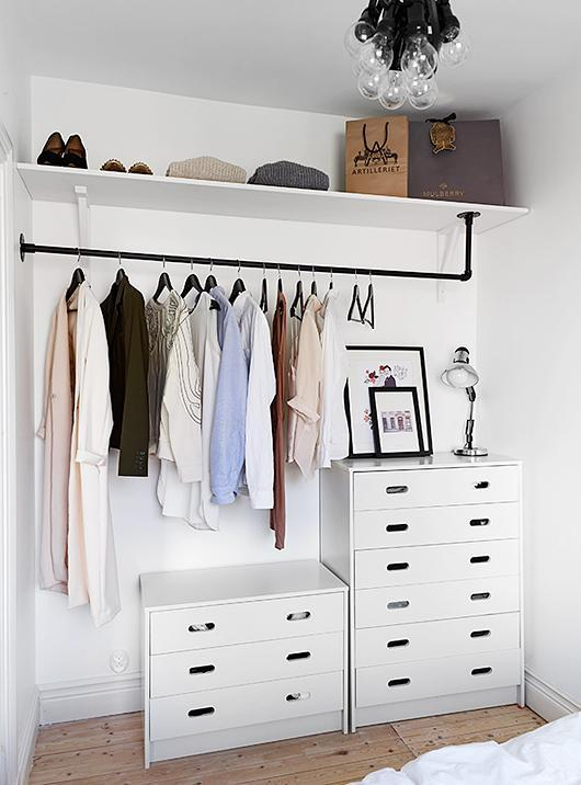 This Closetu0027s Chic, Modern Look Can Be Replicated With Very Little DIY And  Monetary Effort. With A Little Creative Thinking, This Closet Makes Use Of  ...