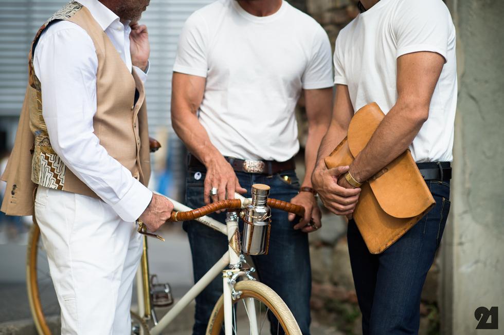 Alessandro Squarzi,Helio Ascari,and Max Poglia for Ascari Bicycles; Photo via Le21eme.com