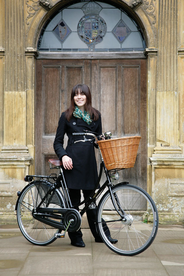 Pashley-Lifestyle-Door.jpg