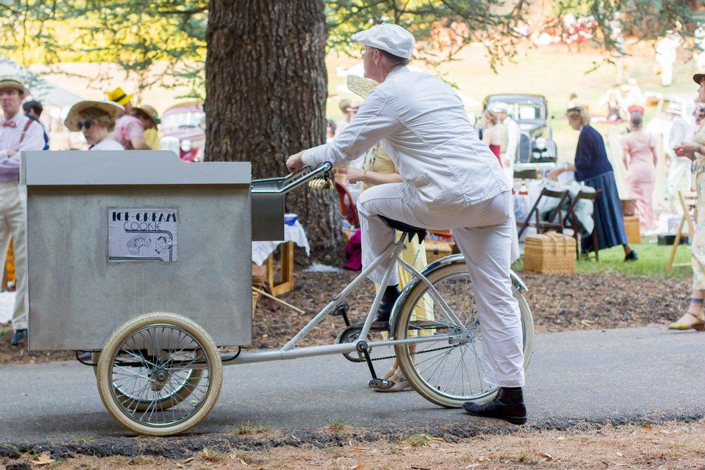 Cargo bike envy.