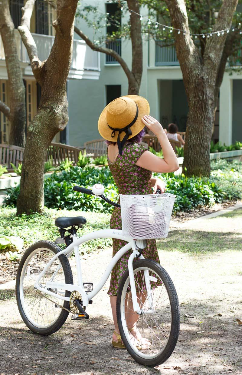 riding-a-bike-around-seaside-florida-6.jpg