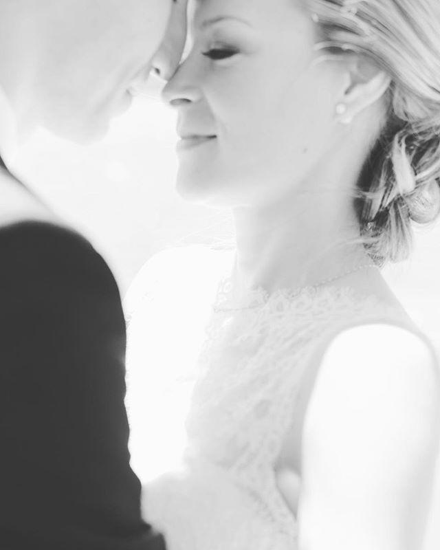 Cette photo hors focus, je L'ADORE! Il y a quelque chose de beau et de vrai pour l'âme.. ✨