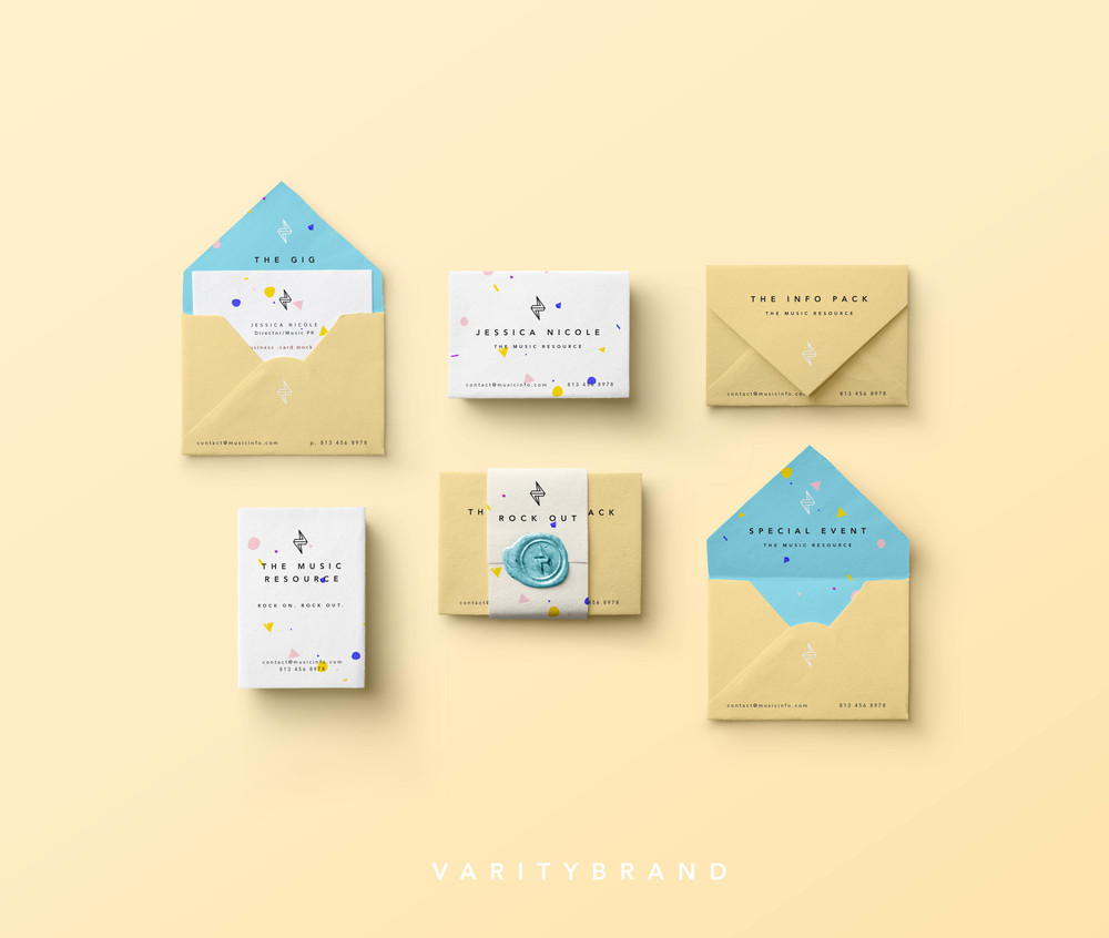Mini-Envelopes-Businesscard-Mockup.jpg