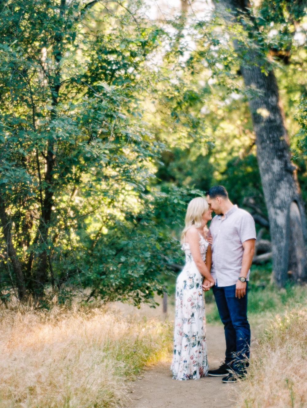 Aaron & Lauren-003.jpg