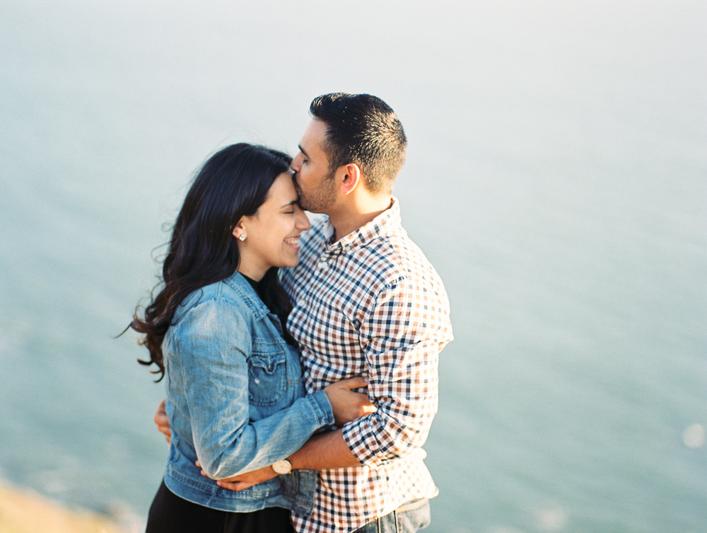 Engagement at Muir Beach Overlook | Luisa & Amar | Bay Area Engagement Photographer - Heather selzer