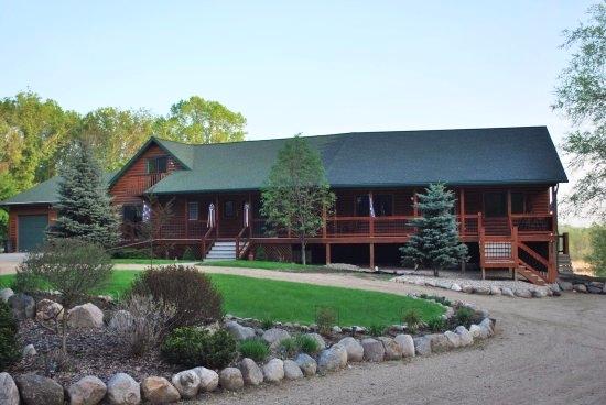 Lodging & Camping -