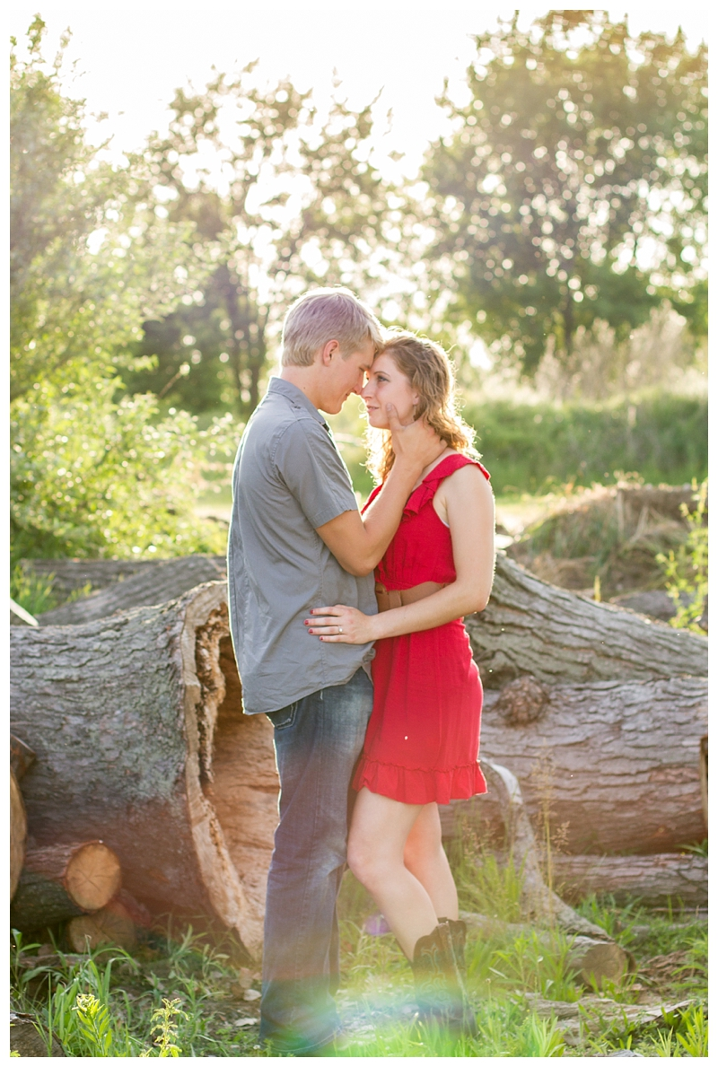 EngagmentSession_IndianaPhotographer_Selah&Travis_0157.jpg
