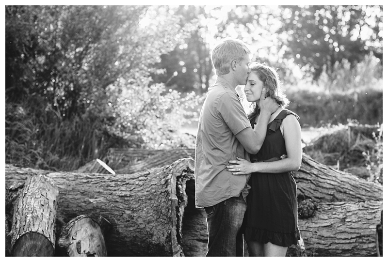 Indiana_Engagement_Couple_PattengalePhotography_Travis&Selah_0239.jpg