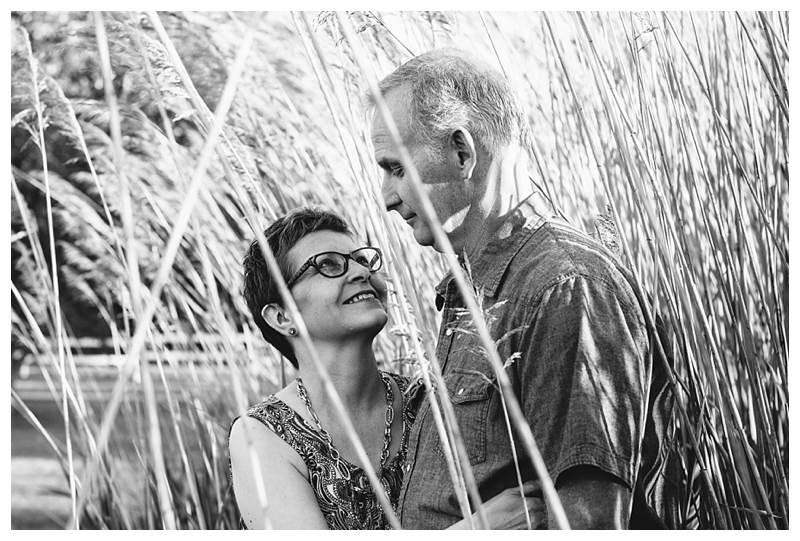 Indiana_Couple_SmallTown_Love_SaintJoeCollege_PattengalePhotography_0291.jpg