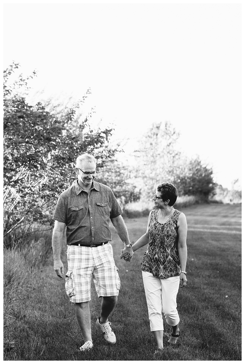 Indiana_Couple_SmallTown_Love_SaintJoeCollege_PattengalePhotography_0299.jpg