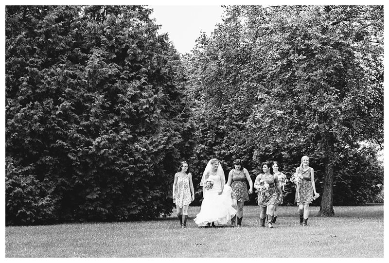 Farm_Wedding_Indiana_Destination_PattengalePhotography_Selah&Travis_0387.jpg