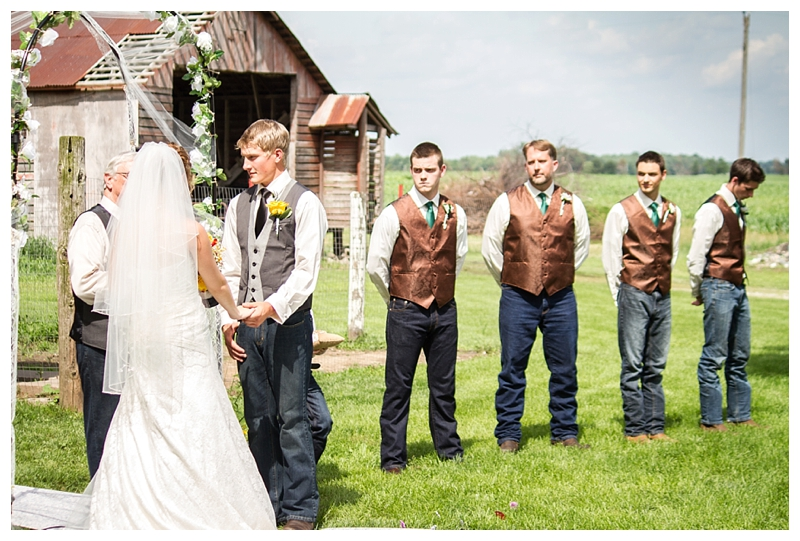 Farm_Wedding_Indiana_Destination_PattengalePhotography_Selah&Travis_0410.jpg