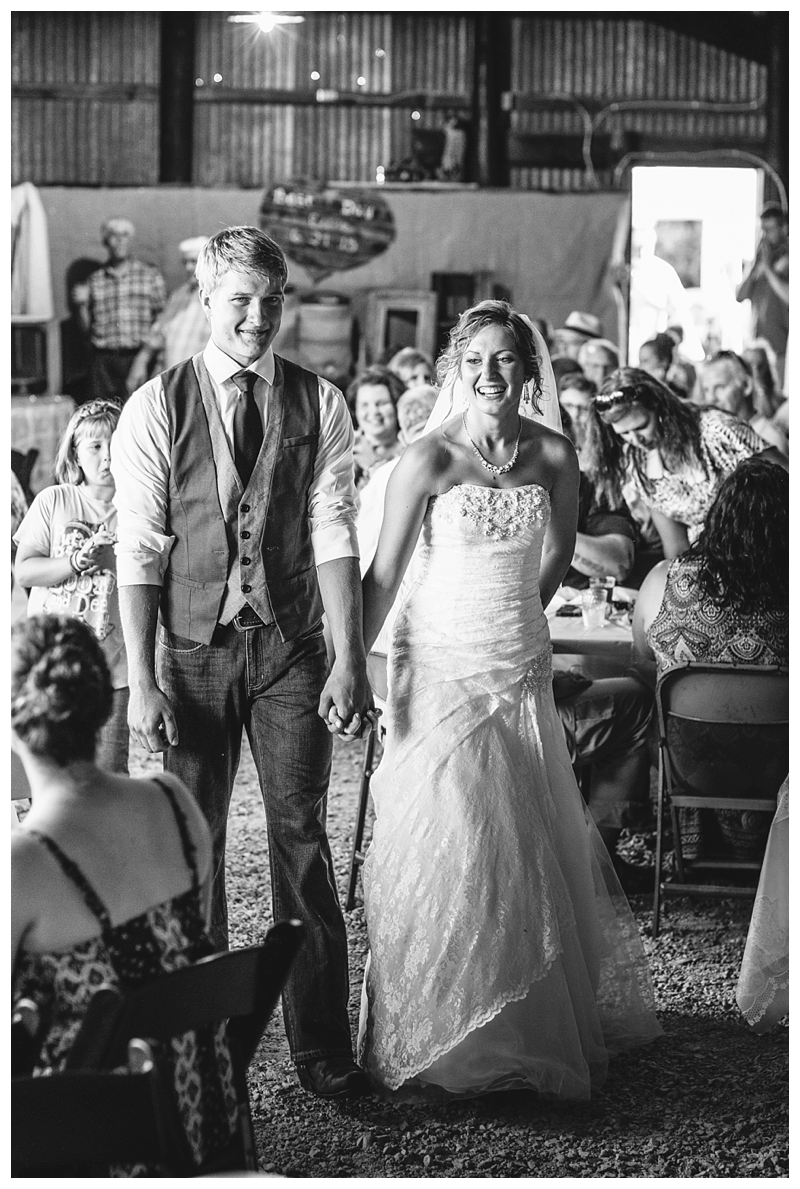 Farm_Wedding_Indiana_Destination_PattengalePhotography_Selah&Travis_0423.jpg