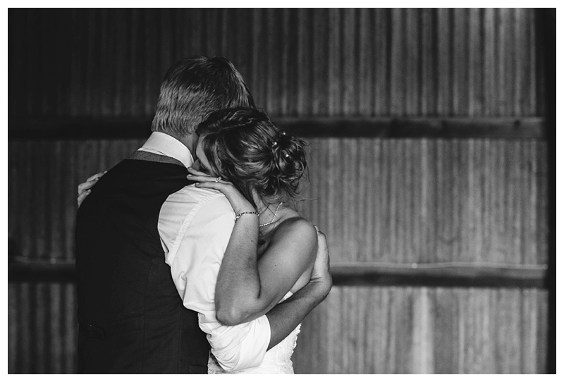 Farm_Wedding_Indiana_Destination_PattengalePhotography_Selah&Travis_0443.jpg