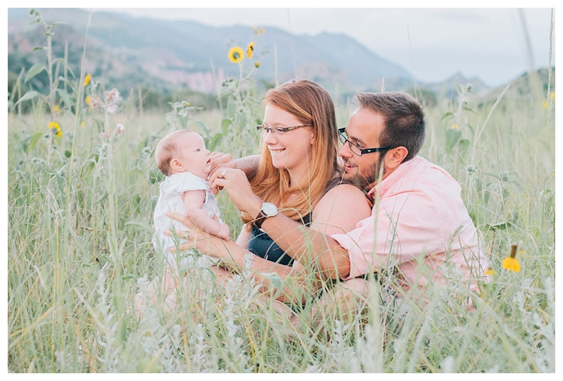 TravelingPhotographer_ManitouSpringsCO_Garden_of_the_Gods_Family_Session_Steven&Briana_PattengalePhotography_0761.jpg