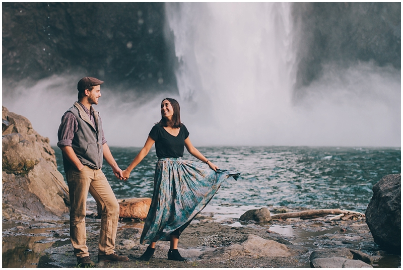 PNW_SnowqualmieFalls_Washington_Waterfall_Traveling_Photographer_Couple_Authentic_folk_love_PattengalePhotography_1345.jpg