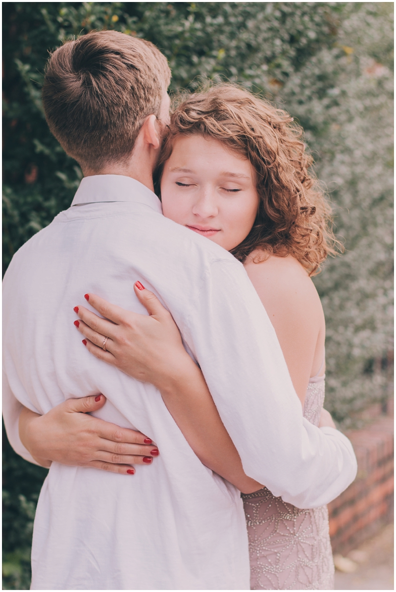 AnniversarySession_Luke&Hannah_HistoricRVA_RichmondVA_TravelingPhotographer_Indiana_Love_Story_Indianapolis_Bride_PattengalePhotography_1457.jpg