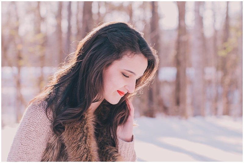 Styled_Snow_Shoot_Winter_Portraits_Women'sFashion_Cocoa_Romantic_FurVest_Richmond_Virginia_PattengalePhotography_1596.jpg