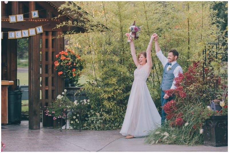 DestinationWedding_TravelingPhotographer_Seattle_Washington_Wild_Rose_Garden_wedding_Nate&Amy_PattengalePhotography_1782.jpg