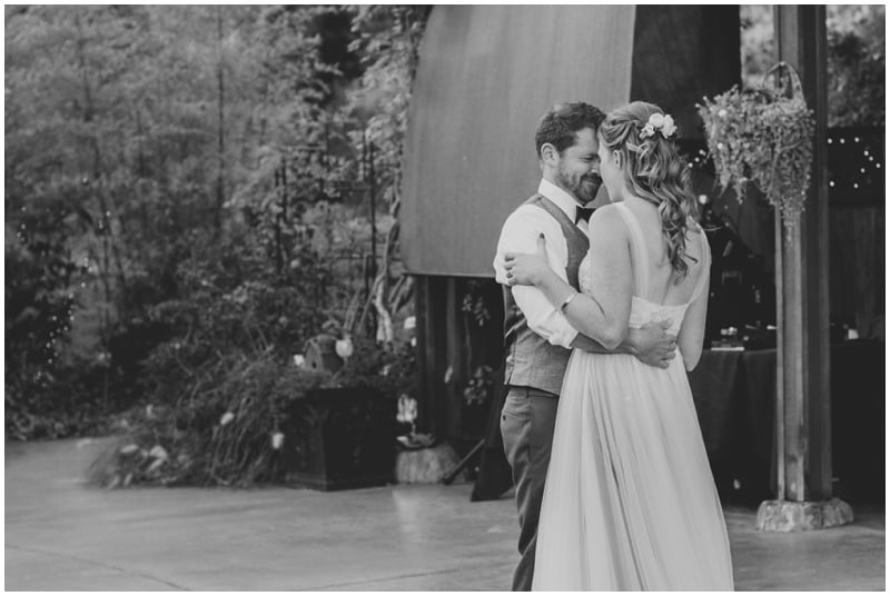 DestinationWedding_TravelingPhotographer_Seattle_Washington_Wild_Rose_Garden_wedding_Nate&Amy_PattengalePhotography_1789.jpg
