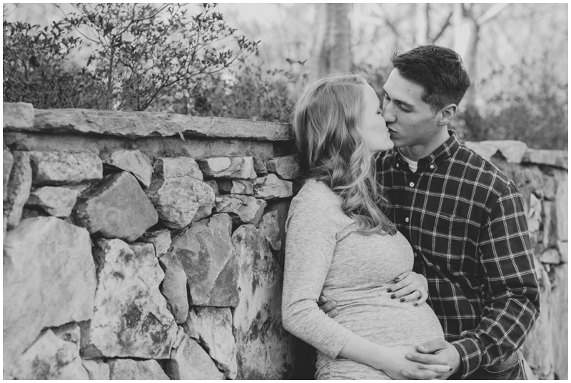 ValentinesDay_MiniSession_maternity_anniversary_RichmondVA_PattengalePhotography_Kayleigh&Josh_1995.jpg