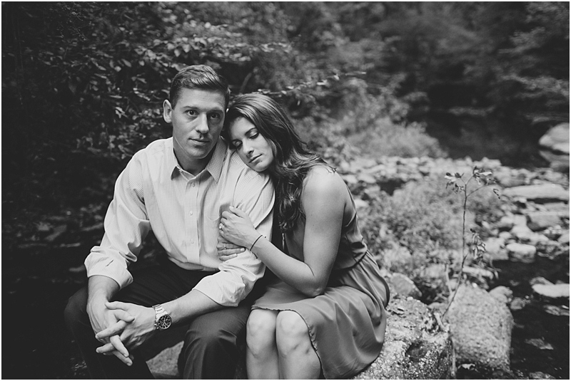 PattengalePhotography_Richmond_EngagementSession_Hipster_ForestHill_Romantic_Olive_Green_Outdoors_Adventureous_Couple_Boho_Taylor&Alyssa_3118.jpg