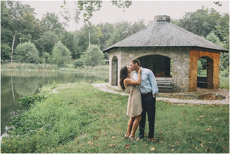 PattengalePhotography_Richmond_EngagementSession_Hipster_ForestHill_Romantic_Olive_Green_Outdoors_Adventureous_Couple_Boho_Taylor&Alyssa_3144.jpg