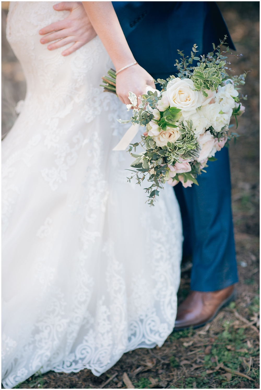 PattengalePhotography_StLouis_Wedding_Photographer_Boho_Hipster_Urban_Style_StCharles_Missouri_BullRunWinery_Charlottesville_Ashley&Sawyer_0044.jpg