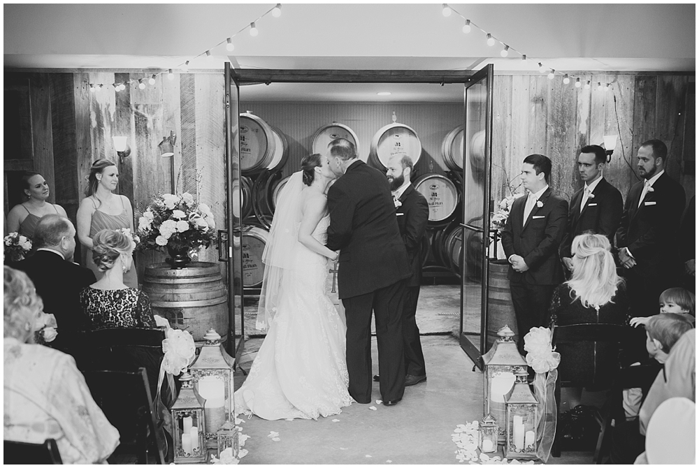 PattengalePhotography_StLouis_Wedding_Photographer_Boho_Hipster_Urban_Style_StCharles_Missouri_BullRunWinery_Charlottesville_Ashley&Sawyer_0084.jpg