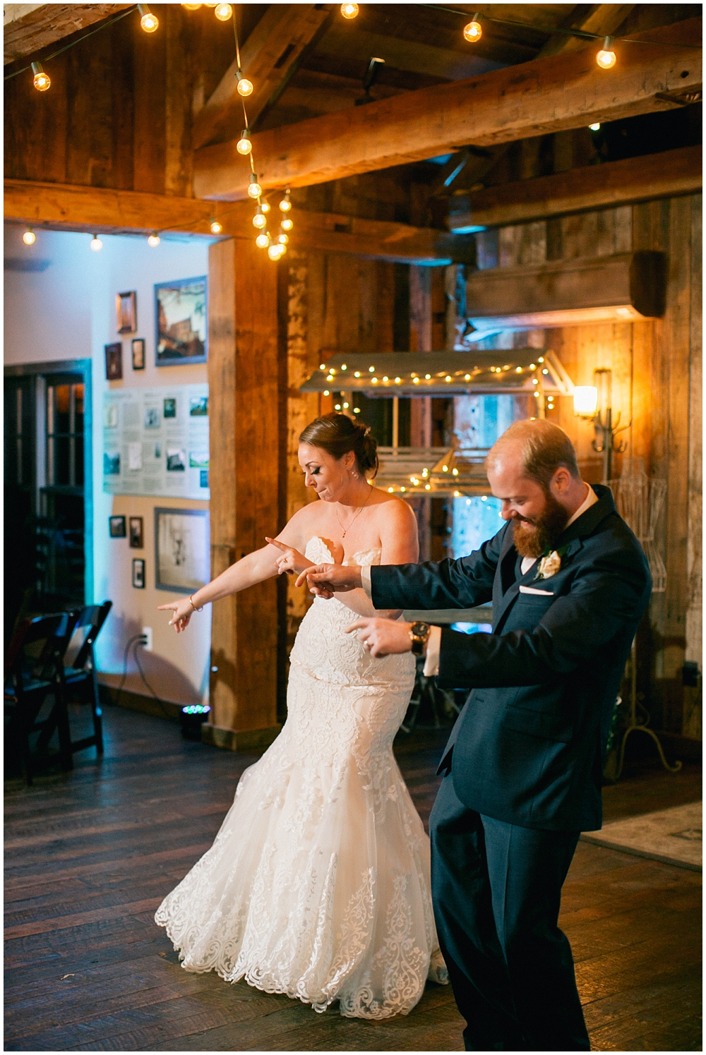 PattengalePhotography_StLouis_Wedding_Photographer_Boho_Hipster_Urban_Style_StCharles_Missouri_BullRunWinery_Charlottesville_Ashley&Sawyer_0140.jpg
