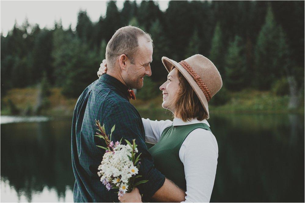 PattengalePhotography_Candice&Jonathan_PNW_Seattle_GoldCreekLake_Bohemian_Bride_Hippie_Wedding_WestCoast_Adventure_Session_0012.jpg