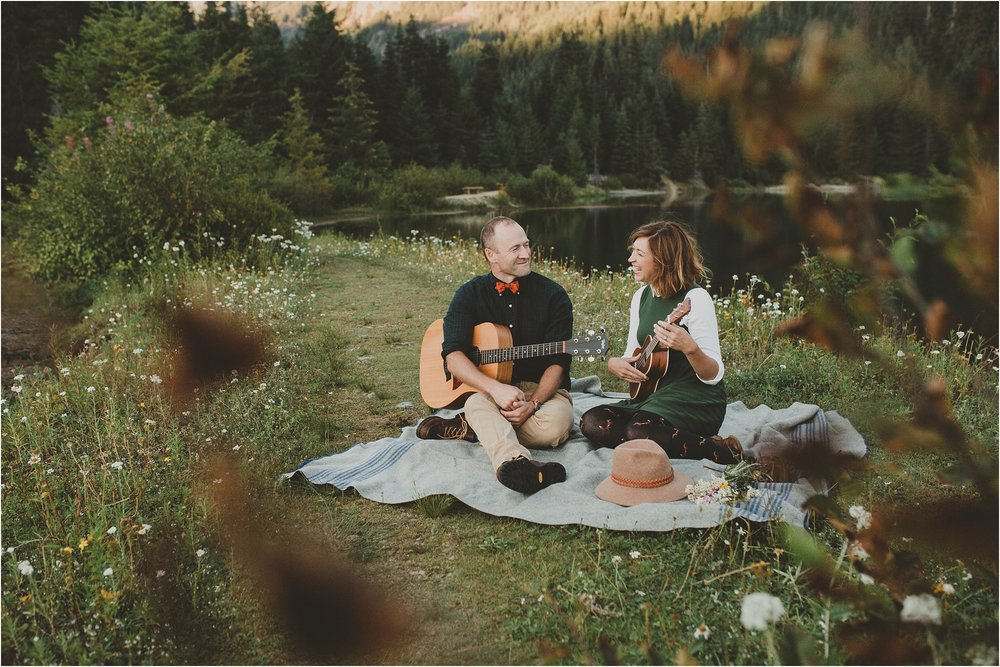 PattengalePhotography_Candice&Jonathan_PNW_Seattle_GoldCreekLake_Bohemian_Bride_Hippie_Wedding_WestCoast_Adventure_Session_0029.jpg
